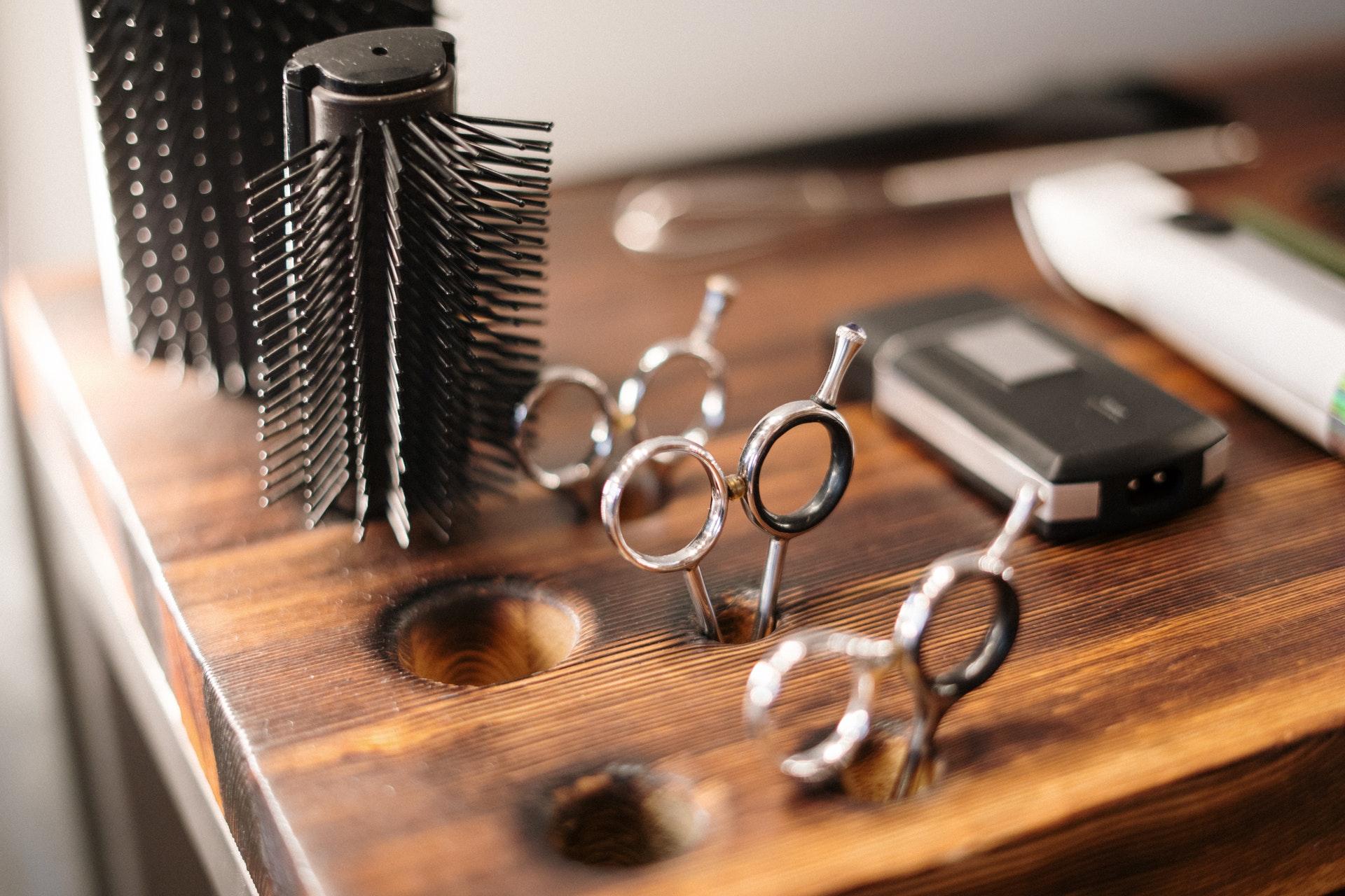 Entenda quais são os equipamentos necessários para o seu salão