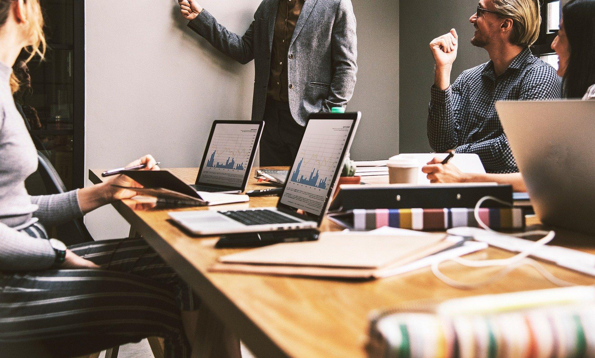 Conheça 4 benefícios da análise de concorrência